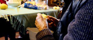 Jak wykorzystac obierki z ziemniakow - poradnik